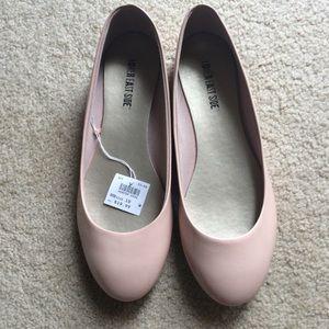NWT Pink Flats